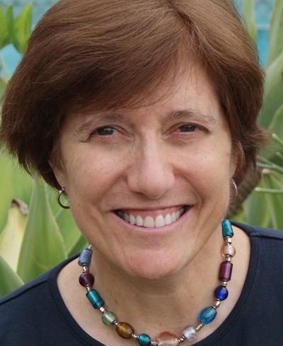 Elenie Opffer